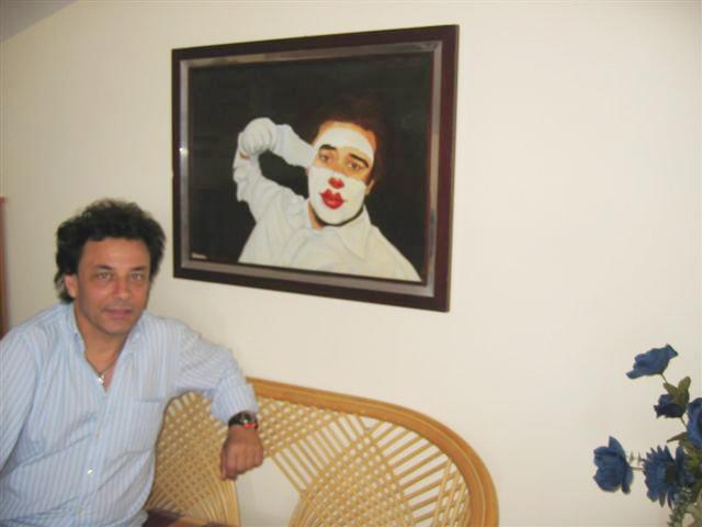 Pippo con quadro pitturato per Eddy